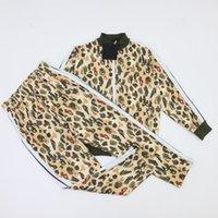 2021 Mode Herren Trainingsanzug Luxus Hoodie 10 Arten Little Bear Leopard Grain Drucken Kleidung Designer Männer Fussball Tracksui Jacken Jacket Traininganzug