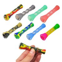 Silicone Smoking Pipe Glass Bongs 3.4 inches Cigarette Hand Portable Mini Tobacco Pipes Cigarettes Holder Mixed Colors