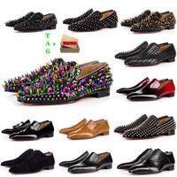 Mens Vermelho Bottoms Shoes Designers Baixo Bordado Bordado Bordado Homem Negócios Business Vestido De Banquete Sapato Luxurys Patent Supede Spikes Genuine Leather Sneakers
