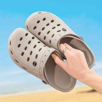 Summer Comfortable Men Garden Clothing Breathing Eva Shoes Casual Sandal Woman Beach Slippers Water Shoes Big Size 49 J0515