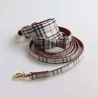 Dog Collars Luxury Designer British Style Grid Pattern Bowknot Pet Puppy Dogs Cat Leashes Adjustable Outdoor Neckties Triangular Scarf Collar Grooming Supplies