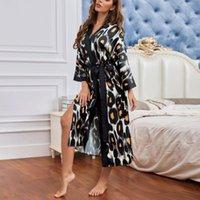 Mode Womens Kimono Bademantel Langarm V-Ausschnitt Roben Vertiebung Leoparden Gedruckt Sleepwear Satin Nightgown Ankleidekleider # G3 Frauen