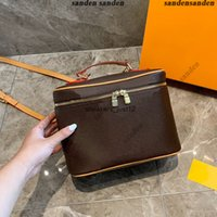 A pack of multi-purpose Classic printing designer luxury handbags purses Cosmetic Genuine leather large capacity crossbody