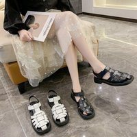 Plattform Wedges Sandalen echtes Leder Mid Heel Schuhe T-Strap Runde Zehe Weibliche Schuhe Schnalle Sommer Schwarzes Kleid