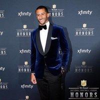 Men's Suits & Blazers Classic Dark Blue Velvet Groom Tuxedos Performance Men Blazer Groomsmen Suit Slim Fit Wedding Coat 2021 (Jacket+Pants)