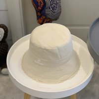 Newborn Fashion Street Stingy Brim Bucket Hats Grain Ribbon Hat Cap Simple Atmosphere Italia Hardtop