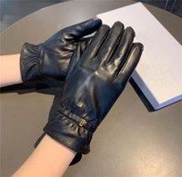 Stylish Metal Letter Sheepskin Mitten Women Touch Screen Gloves Soft Warm Plush Mittens Autumn Winter Driving Glove With Gift Box