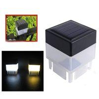 2021 2x2 Solar Post Cap Luz Quadrado Solar Pillar Powered Light para Ferro Forjado Fencing Front Yard Quintais Portão Paisagismo Residencial