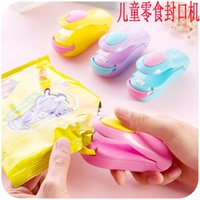 bag clips Household food preservation Mini small heat sealing machine hand pressed snack plastic bag