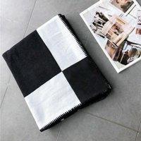 Lettre de la mode Casier Cashmere Couverture de laine douce Châle Portable Chaud Sofa Plaid Canapé-lit Couvertures de tricot
