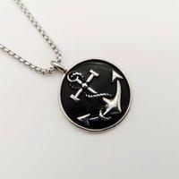 Collane del pendente 2021 Collana di ancoraggio della medaglia rotonda Collana d'annata Acciaio inossidabile dell'argento dell'annata per gioielli degli uomini