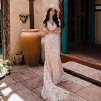Off the Shoulder Long Sleeves Mermaid Lace Wedding Dress Appliqued Bridal Gowns Sweetheart Neck Backless Plus Size Bride Dresses