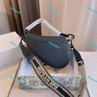 Dior mate Matte Bolsas de silla de monte 2021 Bolso de hombro de la carta de moda Caja de regalo de la marca Messenger de cuero genuino de alta calidad Caja de regalo Crossbody