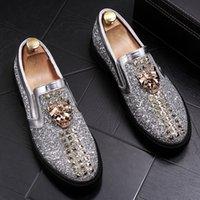 Neue Luxus Mode Mode Casual Schuhe Gold / Rot Glitter Freizeit Slip auf Nieten Müßiggänger Schuhe Mann Party Jäten Kleid Schuhe EUR38-44