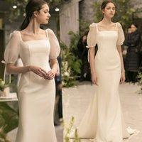 2021 New Elegant Simple A Line Wedding Dress Slim Square Neck Satin Korean Vintage Bubble Short Sleeve Sweep Train Bridal Gown White