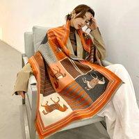 4 색 캐시미어 스카프 여성 겨울 따뜻한 shawls 및 랩 디자인 말 인쇄 bufanda 두꺼운 담요 스카프 고품질 스 캐브 65 * 185cm