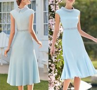 Elegant Sky Blue Satin Mother of the Bride Dress Plus Size Jewel Neck Knee Length Beads Pearls Bridal Party Gown Robe De Soiree