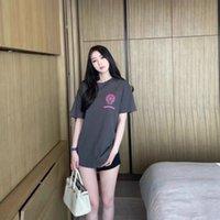 Pembe Fuji Yaz Kravat Crosin Boyası Baskılı Morandi Gri Pamuk Gevşek Örgü Kırmızı Kısa Kollu T-shirt DX
