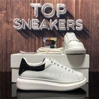 Top Quality Homens Womens Genuine Leather Shoes Mulheres Moda Velvet Falt Sneakers Mens Plataforma Luathers Designer de Luxo Treinadores Casuais