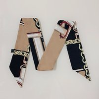 Brands di lusso Sciarpa di seta di modo Designer femminile Designer classico borsa versatile sciarpe di alta qualità con collo di poliestere di alta qualità taglia 5 * 90 cm