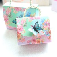 AVEBIEN 20pcs Hot Beautiful Butterfly and Flower Wedding Candy Box Candy Bag Baby Shower Wedding Favors Chocolate Paper Gift Box 210402