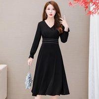 Casual Dresses COIGARSAM Women Dress Autumn 2021 Office Lady Long Sleeve Solid Chiffon High Waist Zipper V-Neck Black Traf Robe