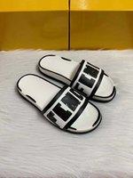 2021 модельный дизайнер повседневный мужской элегантные женские тапочки классические летние пляжные женщины сандалии удобные и универсальные с коробкой оптом