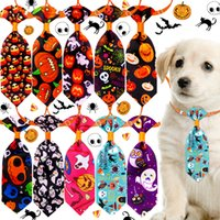 Dog Odzież Halloween Dogs Łuk Krawaty Regulowany Kołnierz Dyni Czaszki Pet Krawaty Pielęgnacja Dostawy Śmieszne Kot Akcesoria XBJK2109
