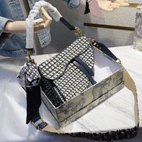 Mode Frauen Handtasche Einzelner Schulterband Brief Gedruckt Luxus Designer Crossbody Bag Satteltaschen Zwei Größen Hohe Qualität mit Box