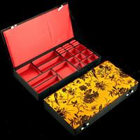 Boutique Trä Dekorativa Smycken Set Presentförpackning För Halsband Armband Örhängen Ring Storage Case Kinesiska Silk Brocade Förpackning Boxar