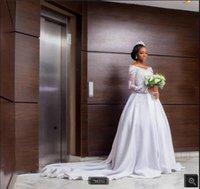 Robe demariage 2021 modest white satin a line wedding dress vintage long sleeve lace appliques v neckline muslim women bride dresses court train Dubai Arabic gowns