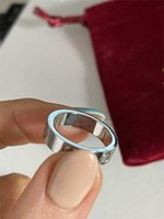 2021 Anneaux 5mm Titanium Steel Silver Zircon Love Men et Femmes Rose Bague Or Bijoux pour amoureux Couple Cadeau de mariage