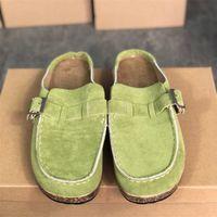 2021 Frauen Desginer Sandalen Mode Flache Hausschuhe mit Schnalle Bleidung Booties Leopardträger Sommer Strand Casual Schuhe Große Größen Top Qualität Q12