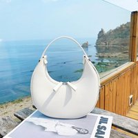 Cross Body Personalized Design Moon Bag Fashion Women's 2021 Summer Net Red Texture Hand Carrying One Shoulder Armpit