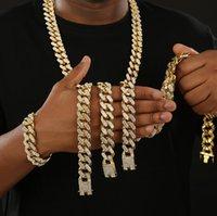Mens Hip Hop Collier Chaîne Bling Bijoux Cubic Zirconia Strass doré / Silver Miami Cuban Lini Style punk glacé avec Diamonds Fermoir 20mm 8-30inch