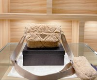 【code:OCTEU03】21FW Luxury Straddle Bag Bolso de diseño Moda Material de felpa Material Dos en una de las bolsas de una mujer Cuerda cruzada de alta calidad con caja