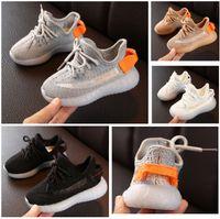 Baby Girl Garçons Enfants Enfants Formateurs 35V20 Respirant Basket Basket Baskets Designer Chaussures sportives sportives Athlétique Casual Shoe Printemps Running HH21-198