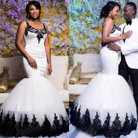 Modest Scoop Lace Appliqued Floor Length Bridal Gowns African Black And White Satin Tulle Mermaid Wedding Dresses