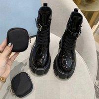 2021 Femmes Chaussures Designers Royaux Bottes Cheville Militaire Inspiré Boot Boot Bouchon Nylon Attaché Sacs amovibles avec boîte Taille 34-40