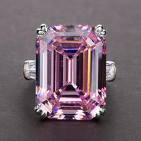 Wedding Rings Huitan Luxury Solitaire Big Rectangle CZ Women Ring Engagement Evening Party Elegant Female Fashion Jewelry Gifts