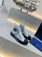 Dior Shoes Moda 20SS oblicua Mens impresa Plataforma de alta calidad Zapatillas de deporte de alta calidad Mujeres Triple Entrenador Vintage Zapatos ocasionales Tamaño 36-45 KJ005