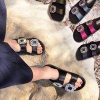 Yaz Yeni Kadın İpiler Açık Bitti Düz Sandalet Bayanlar Moda Rahat Çevirme Flop Bling Rhinestone Kristal Plaj Platformu Sildes H0ho #