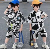 Jungen Sommerkleidung Sets Mode Kinder Panda Druckgedruckt Revers Krawatte Kurzarm Hemd + Doppeltasche Shorts 2 stücke Kinder Casual Outfits A6536