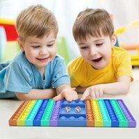 Fidget Push Desktop Brinquedos Puzzle Tabletop Decompression Board Tie Tintura de Dedo Bolha Multicolor Sensory Educacional Brinquedos 2021 DHL