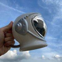 أكواب OUSSIRRO الإبداعية رائد فضاء الفضاء خوذة السيراميك هاندل القهوة كبيرة حجم القدح مكتب كوب مربع للهدايا