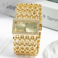 Fashion Ladies Watch Leisure Bracelet Square Large Dial with Quartz Watch