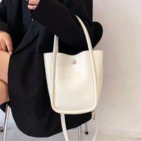 Bolsas de cruce del hombro pequeño para las mujeres para las mujeres de lujo de cuero suave top manija msenger bolsa ladi simple bolsos blancos saco