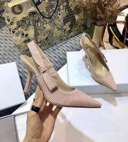 Designer de luxe femmes robe chaussures d'été baotou sandales Bowknot mince talon haute dentelle filet sexy creux ponte électrique chaussure femme brodée