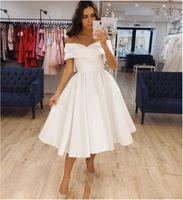 Vestido de novia corto Longitud de la rodilla de satén 2021 Pliegue Simple Off Hombro Vestido nupcial para mujeres Bridas Elegante Robe de Mariee Vestidos formales