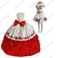 2022 Modest Red and White Floral Flowers 2 in 1 Quinceanera Dresses Ball Gown Off shoulder with Sleeves Two Pieces Detachable Puffy Skirt Sweet 15 16 Charra Prom Dress